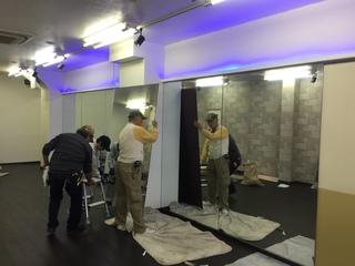 ダンススタジオ鏡